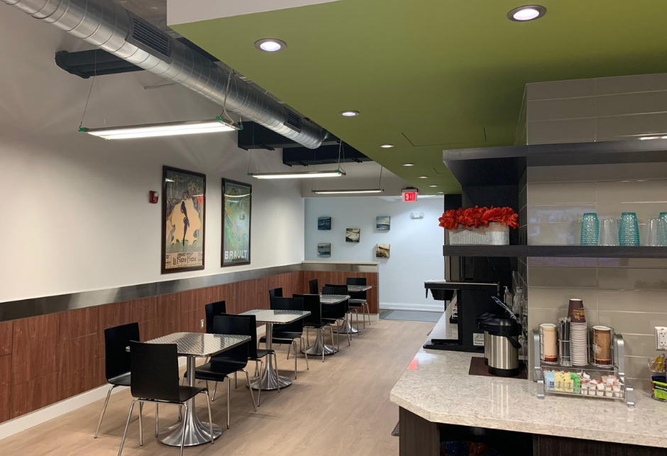 Community Lounge at Crown Center